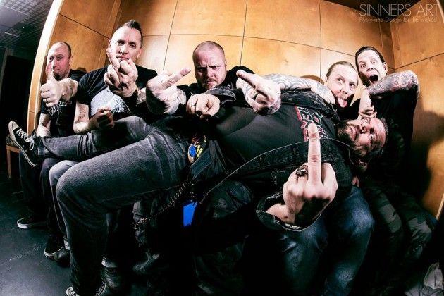 The Resistance banda 02