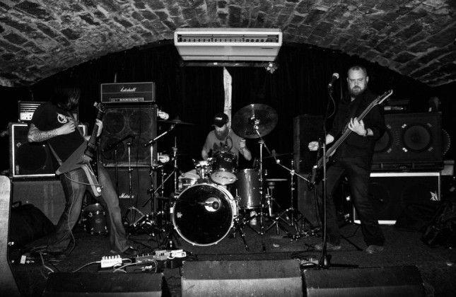 Headless Kross banda 02