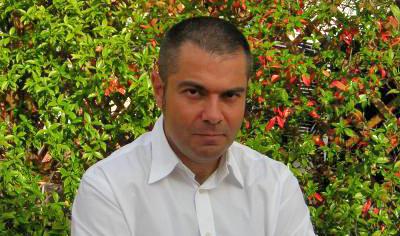 """Entrevista a Antonio Cardiel (escritor): """"Héroes fueron, sin lugar a dudas, los más grandes"""""""